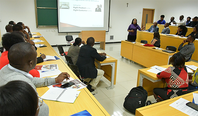 School of Tourism and Hospitality hosts hospitality managers for revenue management roundtable